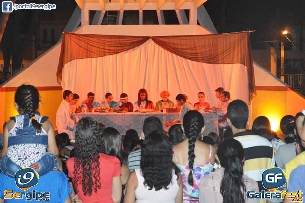 Jovens de Campo do Brito apresentam o espetáculo da Paixão de Cristo