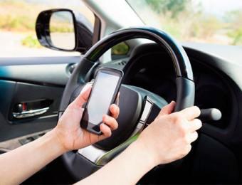 Uso de celular ao volante passa a ser infração gravíssima