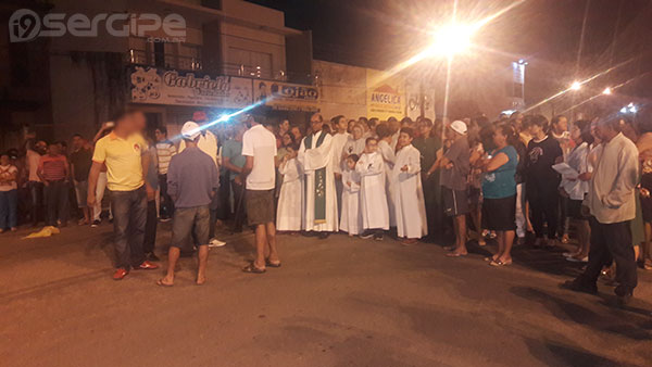 protesto-fies-igreja-eleicoes-2016